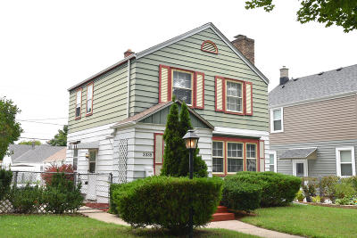 Milwaukee County Single Family Home For Sale: 3335 S Taylor Ave