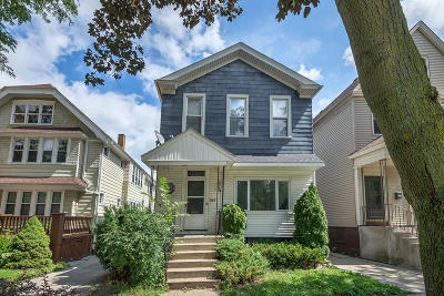 Milwaukee Two Family Home For Sale: 1524 N Humboldt Ave