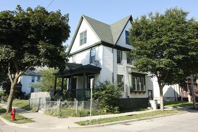 Milwaukee Single Family Home For Sale: 2000 N 22nd