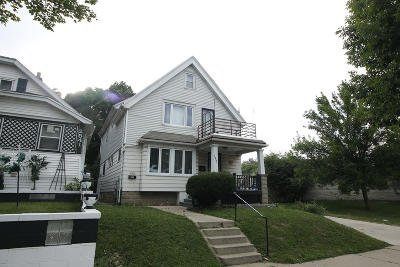 Milwaukee Two Family Home For Sale: 2547 N 56th