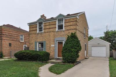Racine County Single Family Home For Sale: 2401 Gillen St
