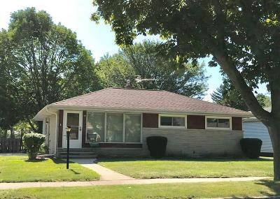 Milwaukee County Single Family Home For Sale: 3400 S 75th St