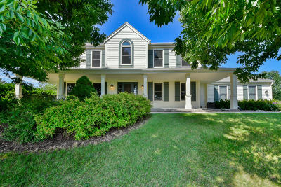Mukwonago Single Family Home Active Contingent With Offer: S78w29800 Crossgate Dr