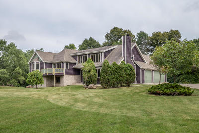 Racine County Single Family Home For Sale: 2340 Wexford Rd
