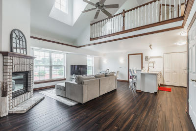 Wauwatosa Condo/Townhouse For Sale: 7224 W State St #3A