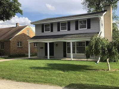 Hales Corners Single Family Home For Sale: 10837 W Green Ave