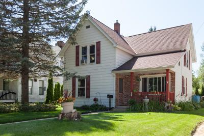 Hartford Single Family Home For Sale: 331 S Main St