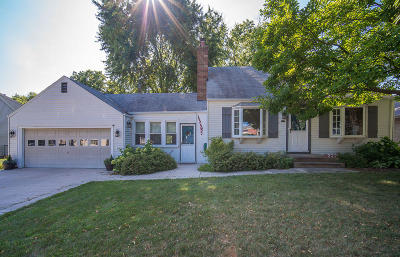 Wauwatosa Single Family Home For Sale: 2229 N 102nd St