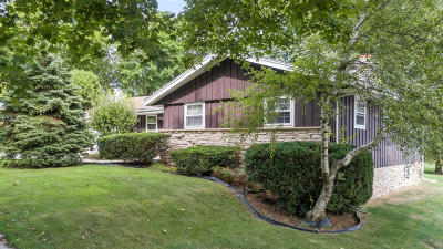 West Bend Single Family Home For Sale: 1465 N 12th Ave