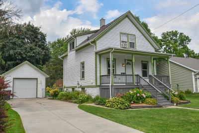 Waukesha County Single Family Home For Sale: 330 S Franklin St