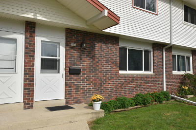 Waukesha County Condo/Townhouse For Sale: 256 Morris St