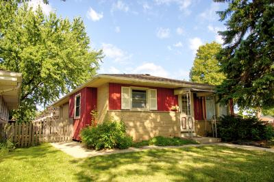 West Allis Single Family Home Active Contingent With Offer: 1105 S 101st St