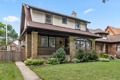 Milwaukee Single Family Home For Sale: 3409 N 45th St