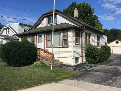 Greenfield Single Family Home For Sale: 3940 S 41st