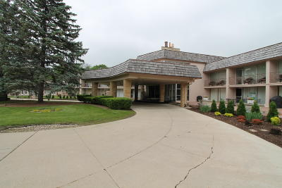 Racine County Condo/Townhouse For Sale: 3405 S Browns Lake Dr #13 &
