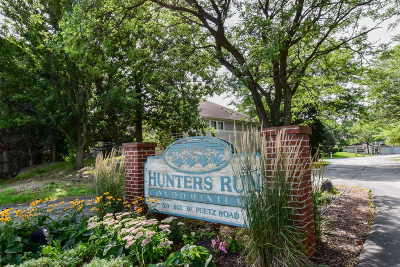 Oak Creek Condo/Townhouse Active Contingent With Offer: 789 W Puetz Rd