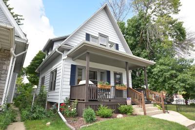 Milwaukee Single Family Home For Sale: 2777 S Kinnickinnic Ave