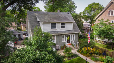 Milwaukee Single Family Home Active Contingent With Offer: 3063 S Superior St