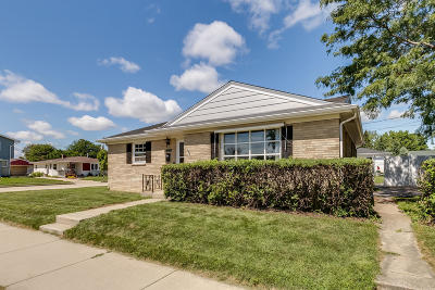 Racine County Single Family Home For Sale: 1840 Jupiter Ave
