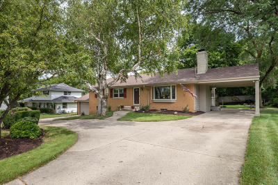 New Berlin Single Family Home For Sale: 5070 S Sunny Slope Rd