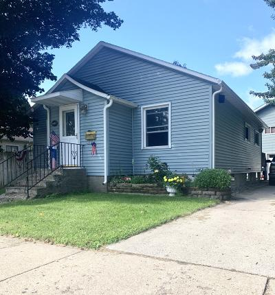Menominee Single Family Home Active Contingent With Offer: 3213 14th Street