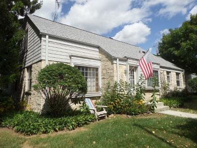 Wauwatosa Single Family Home Active Contingent With Offer: 8528 W Meinecke Ave