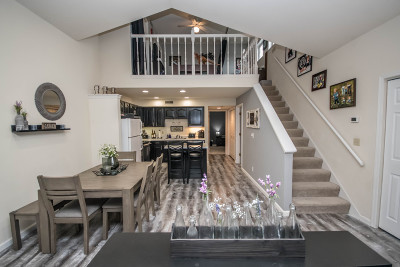 Pewaukee Condo/Townhouse For Sale: N17w26873 E Fieldhack Dr #G