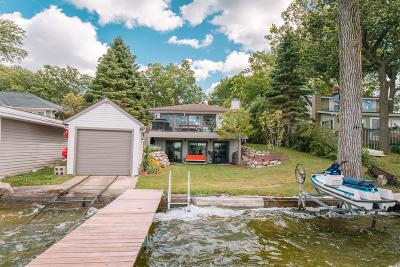 Nashotah Single Family Home Active Contingent With Offer: W338n5395 Road N