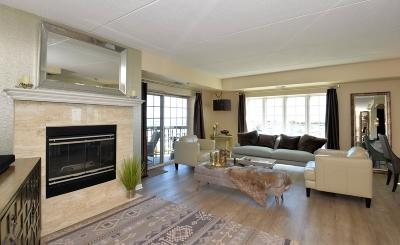Racine Condo/Townhouse For Sale: 333 Lake Ave #504