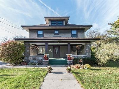 Walworth Single Family Home For Sale: 211 Madison St