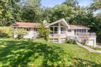 Lake Geneva Single Family Home For Sale: N2370 Sylvan Ln