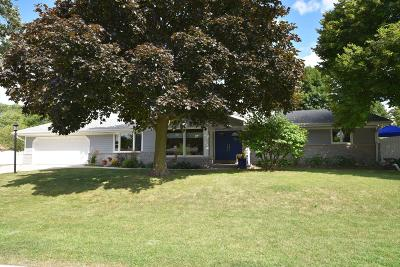 Menomonee Falls Single Family Home Active Contingent With Offer: W172n8866 Shady Ln