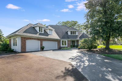 Pleasant Prairie Single Family Home For Sale: 9411 42nd Ave
