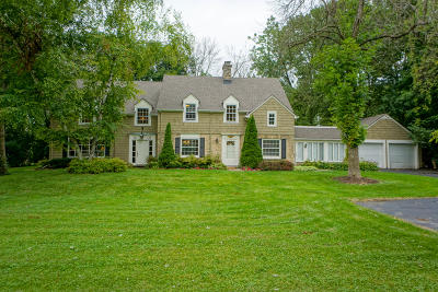 Elm Grove Single Family Home For Sale: 825 Lone Tree Rd