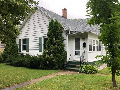 Single Family Home For Sale: 1206 Parnell St