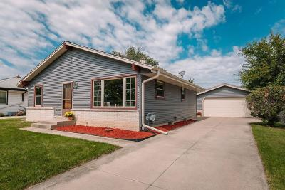 Greenfield Single Family Home Active Contingent With Offer: 5700 W Bottsford Ave