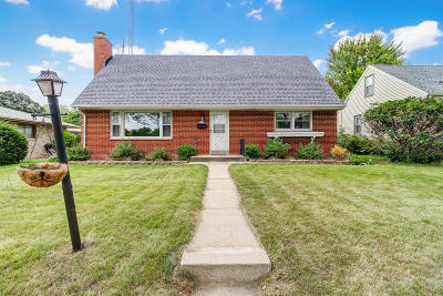 West Allis Single Family Home Active Contingent With Offer: 1328 S 104th St