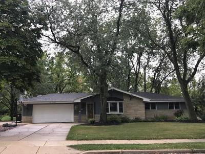 Menomonee Falls Single Family Home Active Contingent With Offer: N87w15260 Kings Hwy