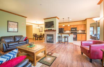 Franklin Condo/Townhouse For Sale: 7565 W Tuckaway Pines Cir