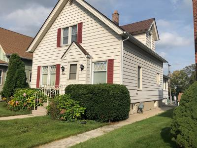 West Bend Single Family Home For Sale: 545 S 7th Ave