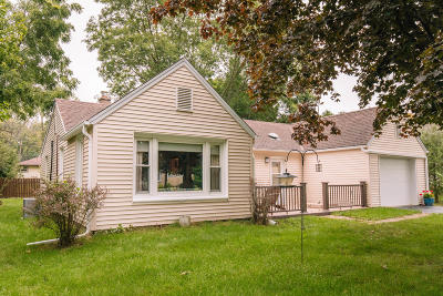 New Berlin Single Family Home Active Contingent With Offer: 12716 W Graham St