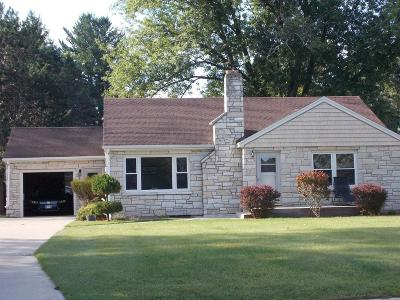 Menominee Single Family Home For Sale: 2737 14th Ave