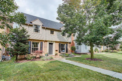 Wauwatosa Single Family Home For Sale: 8924 Stickney Ave