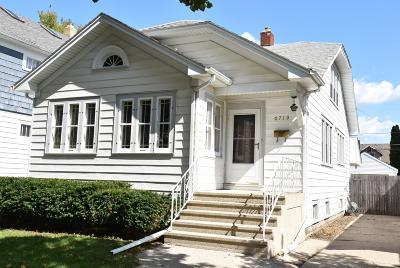 Kenosha Single Family Home For Sale: 6719 31st Ave
