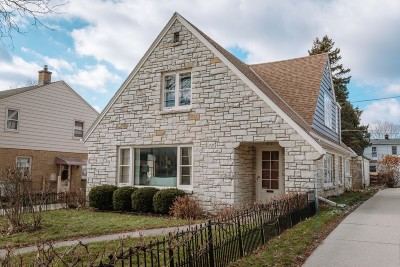 Single Family Home For Sale: 2711 N 68th St