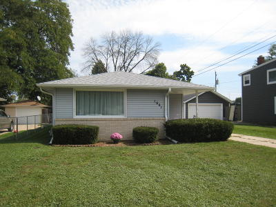 Racine Single Family Home For Sale: 1661 Monroe Ave