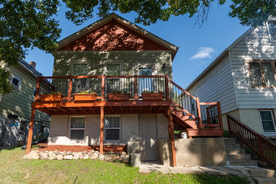 Milwaukee Single Family Home For Sale: 2568 S Burrell St