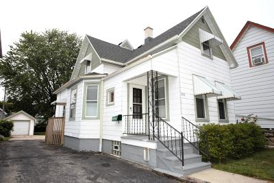 Milwaukee Single Family Home For Sale: 1621 S 28th St