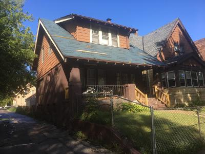 Milwaukee Single Family Home For Sale: 3117 N 25th St