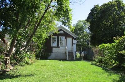 Milwaukee Single Family Home For Sale: 1730-B S 6th St